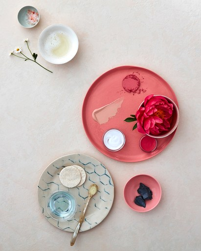 prop styling by Victoria Maiolo -